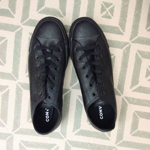 Converse 10 All Black Leather NWOT
